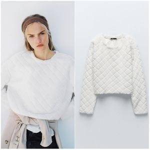 NWT ZARA | Faux Fur Quilted Sweatshirt Ecru